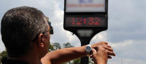 Bolsonaro decide retirar horário de verão para 2019. (Arquivo Blasting News)