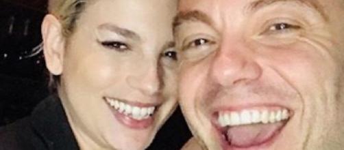 Gossip Amici: Alessandra Amoroso pazza di Stefano, Emma Marrone a LA con Tiziano Ferro.