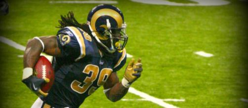 Steven Jackson played nine seasons with the Rams. [Image Source: Flickr | Darin House]