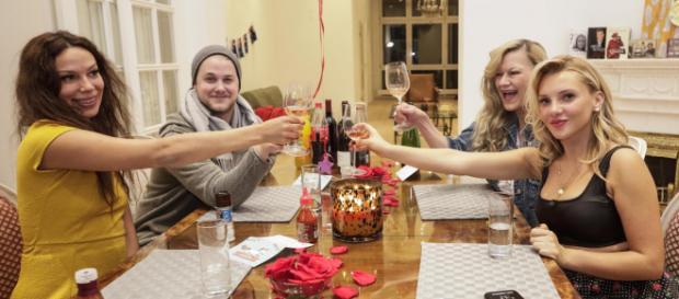Das perfekte Dschungel Dinner mit Dschungelkönigin Evelyn Burdecki - vox.de