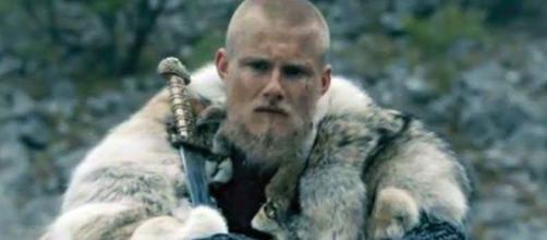 Bjorn após se tornar rei de Kattegat. (Reprodução/History)