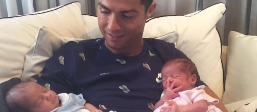Cristiano Ronaldo podría haber elegido una educación sexista para sus hijos