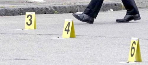 Ancora spari a Napoli: agguato al Rione Villa, un morto e un ferito