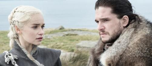 Daenarys e Jon Snow em cena de 'Game of Thrones'. (Divulgação/HBO)