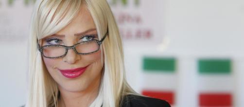 Ilona Staller ha rivelato di essere in difficoltà economica