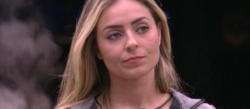 Paula tem um príncipe fora da casa. (Reprodução/TV Globo)