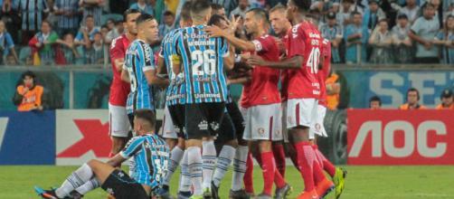 Grêmio e Inter se enfrentarão duas vezes em quatro dias. (Arquivo Blasting News)