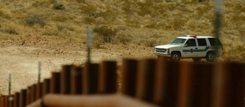 Agentes fronterizos detienen a migrantes en Nuevo México. - televisa.com