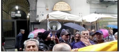 La rabbia del 'Movimento dei disoccupati organizzati 7 novembre'