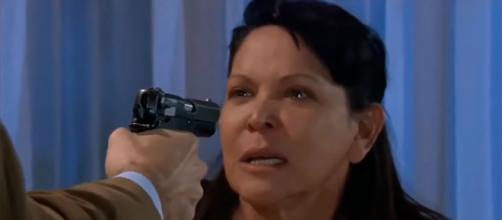 No capítulo desta quinta, Rosaura desconfia do casamento de Ana Paula e Rogério. (Divulgação/Televisa)