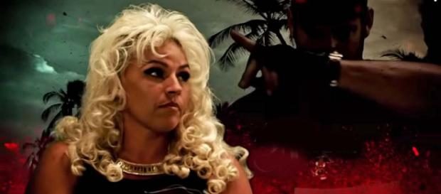 Beth Chapman received a beautiful gift from the filming crew. [Image Karena Corter/YouTube]