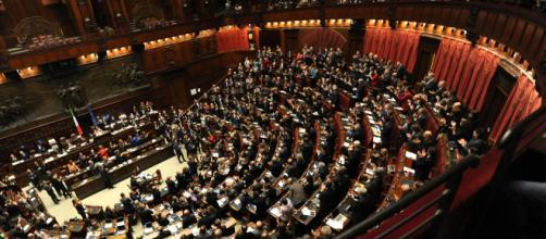 Camera approva taglio dei parlamentari - Camera dei deputati - efanews.eu