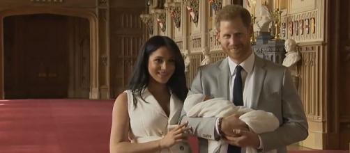 Prince Harry and Meghan Markle show off their newborn son [Image Guardian News/YouTube]