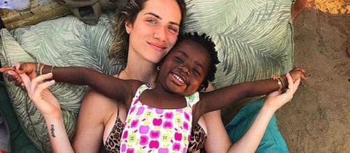 Giovanna Ewbank e Titi contaram histórias engraçadas. (Arquivo Blasting News)