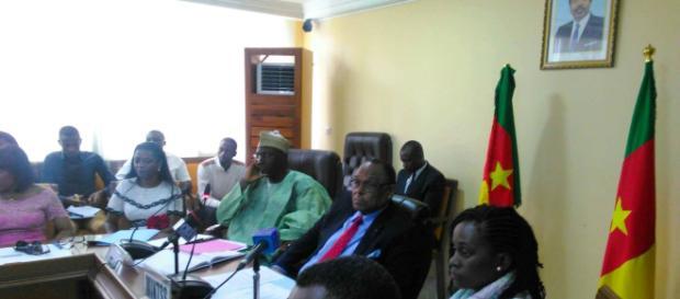 Le Ministre du Travail et de la Sécurité sociale Grégoire Owona (c) Odile Pahai