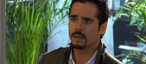 Gustavo fica arrasado com o casamento de Ana Paula. (Arquivo Blasting News)
