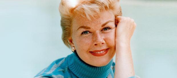 È morta l'attrice e cantante Doris Day, la 'fidanzata d'America'.