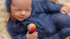 Filho de Patrícia Abravanel encanta com ensaio newborn inspirado em Silvio Santos