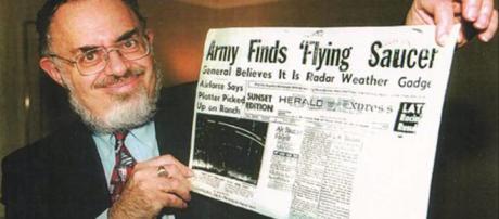 Usa, è morto il fisico Stanton Friedman volto molto noto nel mondo dell'ufologia