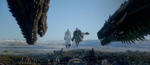 La relación rota entre Daenerys Targaryen y Jon Nieve - cuatrobastardos.com
