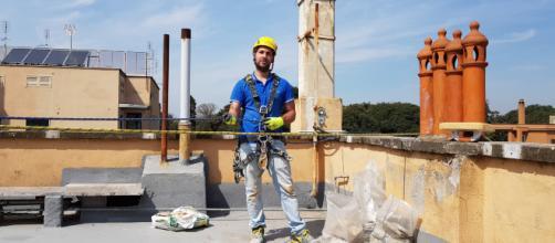 Operai edili assunti con uno stipendio più basso del 30%: è il dumping contrattuale.
