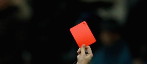 Piacenza, terza categoria: giocatore lascia il campo e va al bar ad ubriacarsi: squalificato per 5 turni