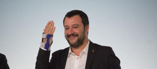 Salvini offeso da alcuni deputati Pd durante il qustion time.
