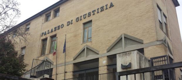 Frosinone, l'ex moglie lo accusa di violenza sessuale: ma finisce male per lei