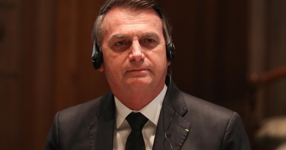 Bolsonaro sai em defesa de Flávio e fala sobre quebra de