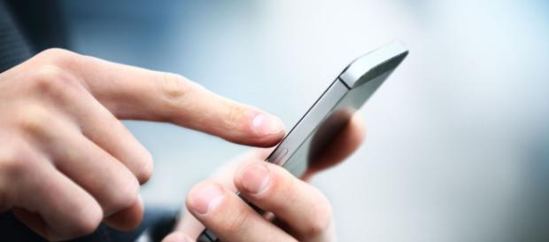 Inquérito revela que larga maioria das pessoas elege a videochamada para contactos íntimos na internet. (Arquivo Blasting News)