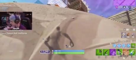 Wall jump is the key. [Image source: Fortnite Daily Rewinds/YouTube]
