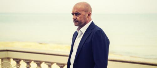 Luca Zingaretti è il commissario Montalbano, repliche il 20 e il 23 maggio