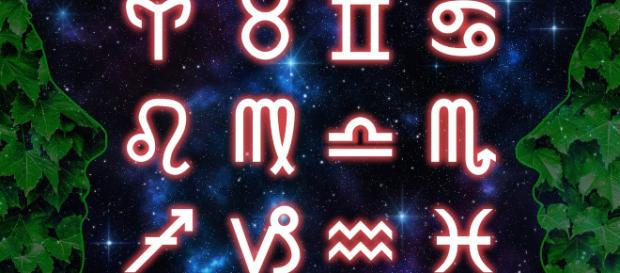 L'oroscopo di domenica 19 maggio.