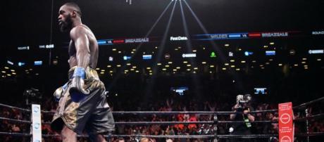 Deontay Wilder si conferma campione mondiale WBC dei pesi massimi