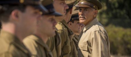 George Clooney nei panni del tenente Scheisskopf