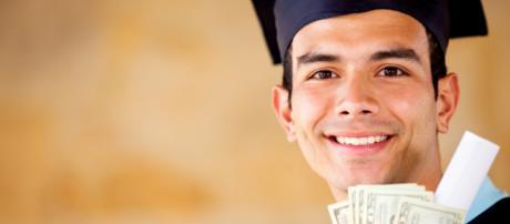 Premi migliori tesi di laurea: domande a maggio, giugno e luglio