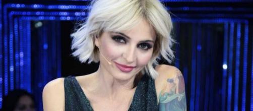 Amici, Veronica Peparini replica al gestaccio di Albanese su IG: 'Ignorante e irriconoscente'.