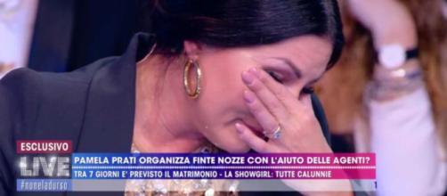 Eliana Michelazzo piange da Barbara D'Urso dopo lo scontro con Favoloso e Signoretti
