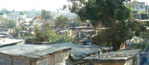 https://pixabay.com/photos/poverty-slum-shanty-town-shanty-216527/
