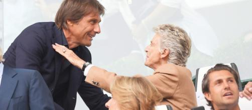 Conte si sarebbe preso del tempo prima di replicare alla Roma: starebbe aspettando la Juve