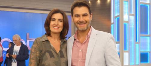 Médico bonitão deixa o programa de Fátima Bernardes. (Reprodução/TV Globo)