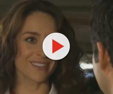 Cinthia e Gustavo se beijam. (Reprodução/Televisa)
