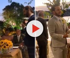 Casal oficializou a união na presença de amigos famosos. (Reprodução/ Instagram/ @carlinhosmaiaof)