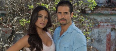 Ana Brenda e José Ron protagonizam 'A Que Não Podia Amar'. (Arquivo Blasting News)