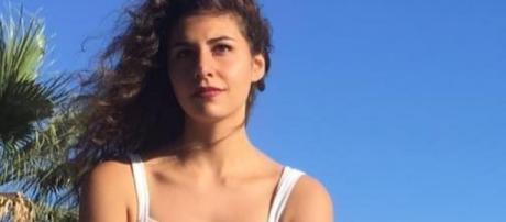 Monterotondo, Deborah Sciacquatori è tornata libera: la procura di Tivoli ha riconosciuto l'eccesso colposo di legittima difesa.