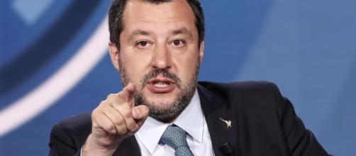 Lecce, visita di Matteo Salvini, lui: 'Qui c'è qualche centro sociale da chiudere'
