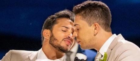 Lucas Guimarães e Carlinhos Maia se casaram na presença de familiares e famosos. (Reprodução/Instagram/@carlinhosmaiaof)