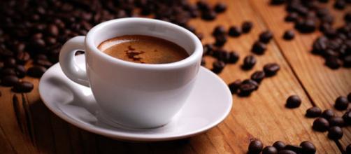 Il caffè non aumenta la rigidità delle arterie anche se consumato in maniera eccessiva. (Canva)