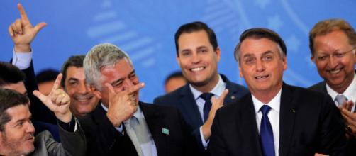 Senador Major Olímpio e demais integrantes do PSL sinalizam para atos. (Arquivo Blasting News)