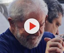 Lula esta namorando a socióloga Rosângela da Silva, de 53 anos, que mora em Curitiba. (Arquivo Blasting News)